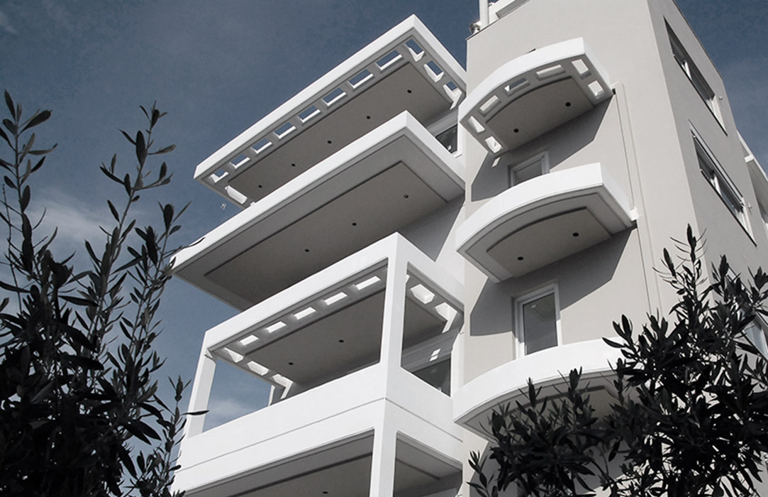 Apartment building in Paleo Faliro